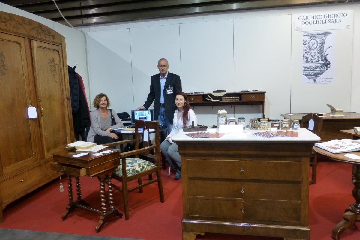 Muebles Viejos Barcelona : Finalizó el salone dell arte e del restauro de florencia