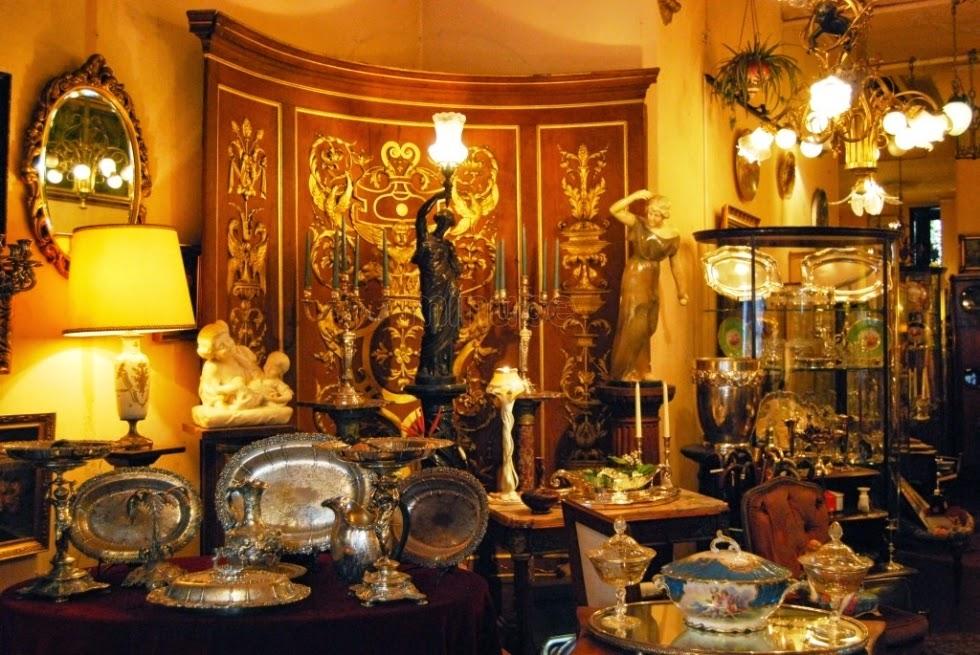 En arcaz restauraci n de muebles arcaz - Anticuarios madrid muebles ...